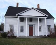 Front elevation, Reverend James Smith Property, Upper Stewiacke, Nova Scotia, 2006.; Heritage Division, NS Dept. of Tourism, Culture and Heritage, 2006.