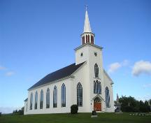 Front and west elevation, St. Peter's Church, Tracadie, Nova Scotia, 2005.; Heritage Division, NS Dept. of Tourism, Culture and Heritage, 2005.