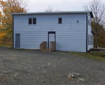 Side facade, Geehan Building, showing public entrance to tavern and parking lot.  Photo taken October 2006.; Kim Barnes/ HFNL 2007