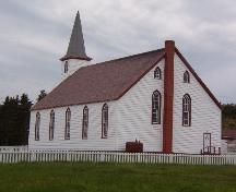 Photo exterior view of rear and left sides of Elliston United Church, Elliston, NL, summer 2006; L Maynard, HFNL, 2007