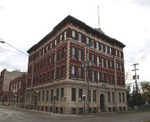 Primary elevation, from the northeast, of the Garry Telephone Exchange Building, Winnipeg, 2005; Historic Resources Branch, Manitoba Culture, Heritage and Tourism, 2005