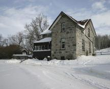 View of the southwest profile of the McKay House, Minnedosa, 2005; Historic Resources Branch, Manitoba Culture, Heritage and Tourism, 2005