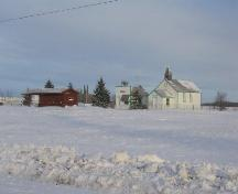 View of the RM Office, School and non-contributing buildings of the Leross Heritage Park, 2007.; Government of Saskatchewan, Brett Quiring, 2007.