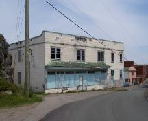 Fishermen's Union Trading Company Store, Port Union, NL, as seen from Main Street, June 2006.; HFNL/ Deborah O'Rielly 2006