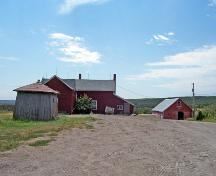 Contextual view, from the north, of the Lea House, Manitou area, 2006; Historic Resources Branch, Manitoba Culture, Heritage and Tourism, 2006
