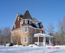 Southeast exterior view of the Cronquist House, Bower Ponds (February 2004); City of Red Deer, 2004