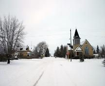 Contextual view, from the south, of Elkhorn United Church, Elkhorn, 2005; Historic Resources Branch, Manitoba Culture, Heritage and Tourism 2005
