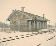 Corner view of St. Marys Junction Railway Station (Grand Trunk), 1993.; Parks Canada Agency/Agence Parcs Canada, 1993.