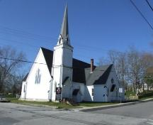 Front and west elevation, Trinity United Church, Shelburne, Nova Scotia, 2007. ; Heritage Division, NS Dept. of Tourism, Culture and Heritage, 2007.