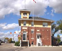 Primary elevation, from the south, of the Pipestone Municipal Building, Pipestone, 2005; Historic Resources Branch, Manitoba Culture, Heritage and Tourism 2005