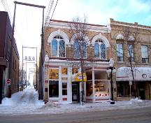 View of the main (north) facade of the Laplont Block, Brandon, 2004.; Historic Resources Branch, Manitoba Culture, Heritage & Tourism, 2005