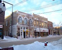 View of the Laplont Block looking west down Rosser Avenue, Brandon, 2004.; Historic Resources Branch, Manitoba Culture, Heritage & Tourism, 2005