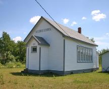 Primary elevations, from the northwest, of Hilbre School, Hilbre, 2006; Historic Resources Branch, Manitoba Culture, Heritage and Tourism, 2006