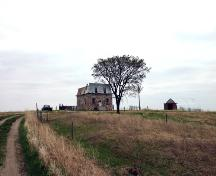 Contextual view, from the southeast, of the Menarey House, Cartwright area, 2006; Historic Resources Branch, Manitoba Culture, Heritage and Tourism, 2006