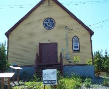 Exterior photo view of front of the Orange Hall, Main Street, Elliston, NL, circa 2006; Tourism Elliston Inc., 2007