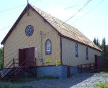 Exterior photo view of front and right facades of the Orange Hall, Main Street, Elliston, NL, circa 2006; Tourism Elliston Inc., 2007