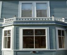 Bay window with spindlework balustrade, 188 Granville Street West, Bridgetown, NS, 2007.; Heritage Division, NS Dept. of Tourism, Culture and Heritage, 2007.