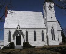 Saint Peter's Anglican Church, Weymouth North, side perspective, 2004; Heritage Division, Nova Scotia Department of Tourism, Culture and Heritage, 2004