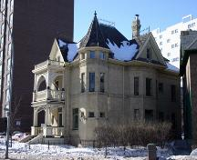 Primary elevations, from the northeast, of the Benard House, Winnipeg, 2006; Historic Resources Branch, Manitoba Culture, Heritage and Tourism, 2006