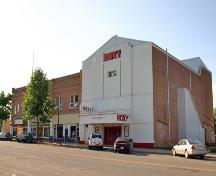 Primary elevations, from the southeast, of the Roxy Theatre, Neepawa, 2006; Historic Resources Branch, Manitoba Culture, Heritage and Tourism, 2006