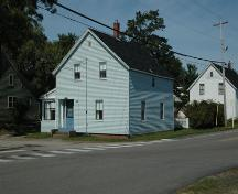 Southeast corner of the Cross-Therrio House, Annapolis Royal, Nova Scotia, 2007.; Heritage Division, NS Dept. of Tourism, Culture and Heritage, 2007