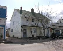 Side Perspective, James House, Bridgetown, 2005; Heritage Division, Nova Scotia Department of Tourism, Culture and Heritage, 2005