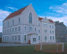 Exterior photo of main facade, St. Bonaventure's College, St. John's, NL. View looking west, photo taken about 1999.; Heritage Foundation of Newfoundland and Labrador 2005