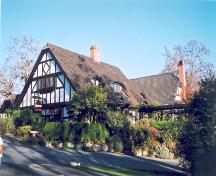 Exterior view of the Royal Oak Inn.; District of Saanich, 2004.