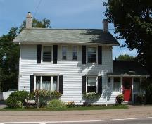 Front elevation of 454 St. George Street, Annapolis Royal, Nova Scotia, 2007.; Heritage Division, NS Dept. of Tourism, Culture and Heritage, 2007