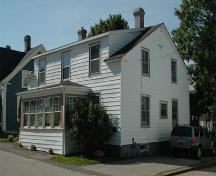Southeast elevation of 43 St. James Street, Annapolis Royal, Nova Scotia; Heritage Division, NS Dept. of Tourism, Culture and Heritage, 2007.