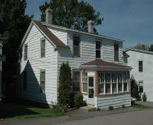 Southwest elevation of 43 St. James Street, Annapolis Royal, Nova Scotia; Heritage Division, NS Dept. of Tourism, Culture and Heritage, 2007.