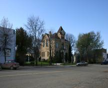 Context view, from the northeast, of the Beautiful Plains County Court Building, Neepawa, 2005; Historic Resources Branch, Manitoba Culture, Heritage & Tourism 2005