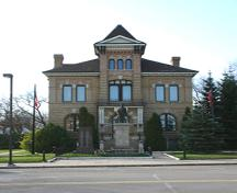 View of main elevation, of the Beautiful Plains County Court Building, Neepawa, 2005; Historic Resources Branch, Manitoba Culture, Heritage & Tourism 2005