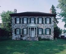 Front elevation of the Ermatinger House, showing the central entrance, 1995.; Parks Canada Agency/ Agence Parcs Canada, 1995.