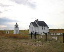 Contextual view, from the northwest, of the Ruthenian Greek Catholic Church of the Ascension, Rogers area, 2006; Historic Resources Branch, Manitoba Culture, Heritage and Tourism, 2006