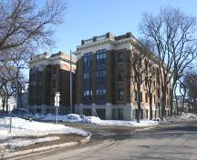 Primary elevations, from the northwest, of the Rothesay Apartments, Winnipeg, 2006; Historic Resources Branch, Manitoba Culture, Heritage and Tourism, 2006