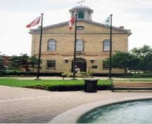North elevation of Woodstock Town Hall.; Ontario Heritage Trust, 2006