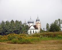 Contextual view, from the east, of Holy Resurrection Russian Orthodox Church, Sifton, 2006; Historic Resources Branch, Manitoba Culture, Heritage and Tourism, 2006