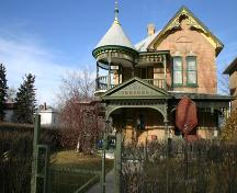 Primary elevation, from the south, of the Paterson-Matheson House, Brandon, 2006; Historic Resources Branch, Manitoba Culture, Heritage, Tourism and Sport, 2006