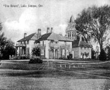 Historic view of the manor house and the grounds from the northeast – c. 1920; briarsgolf.com, 2005