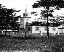 Historic view of St. Mary's Anglican Church and cemetery, Auburn, NS, 1931.; Courtesy of the Nova Scotia Museum photo collection no. 76.116.193A