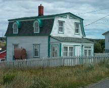 View of main and side facades, William Pardy House, Bonavista. Photo taken 2007.; HFNL 2007