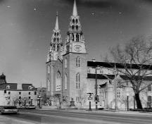 The oldest church in the city (1841-53) and the seat of the city's Roman Catholic archbishop.; City of Ottawa 2005