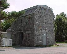 Exterior photo, main facade, of Ye Olde Stone Barn community museum, Brigus, NL, 2004.; Heritage Foundation of Newfoundland and Labrador, 2004