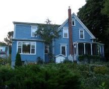 Rear elevation, Manuels Inn, Chester Basin, Nova Scotia, 2007.; Heritage Division, Nova Scotia Department of Tourism, Culture and Heritage, 2007.