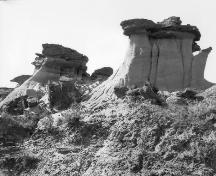 The Hoodoos Provincial Historic Resource, near Drumheller / East Coulee (circa 1918); Provincial Archives of Alberta, P.1739