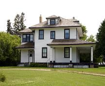 Primary elevations, from the southeast, of the Demonstration Farm House, Killarney, 2005; Historic Resources Branch, Manitoba Culture, Heritage and Tourism, 2005