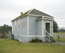 Exterior view of Old Anniedale School, 2004.; City of Surrey, 2004