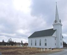 Side elevation and cemetery, Centreville Church, Centreville, NS, 2008.; Department of Tourism, Culture and Heritage, Province of Nova Scotia 2008