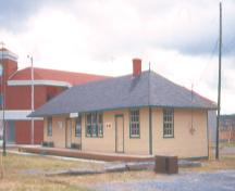 C.N. Railway Station, Carbonear. View of right side and front facade of building.; Heritage Foundation of Newfoundland and Labrador, 2004